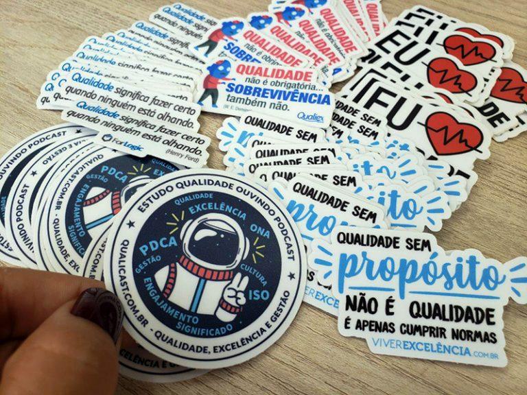 Imagem dos Stickers que o pessoal do Qualicast envia para os ouvintes.